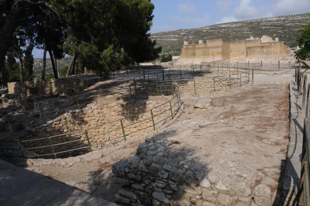 Crete  09 Gurnia 180