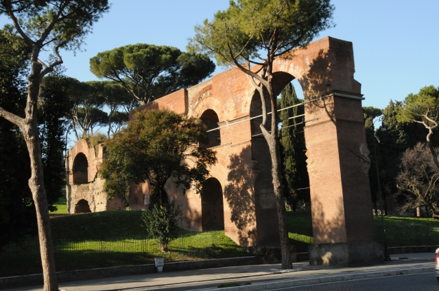 Aqueduct to Palatine Hill