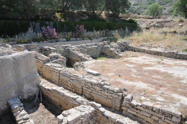 Crete  09 Komos 857
