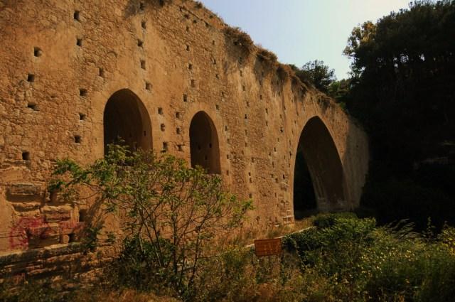 Crete  09 Venetian Aqueduct 565